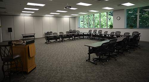 Meeting Room Rental with Speaker